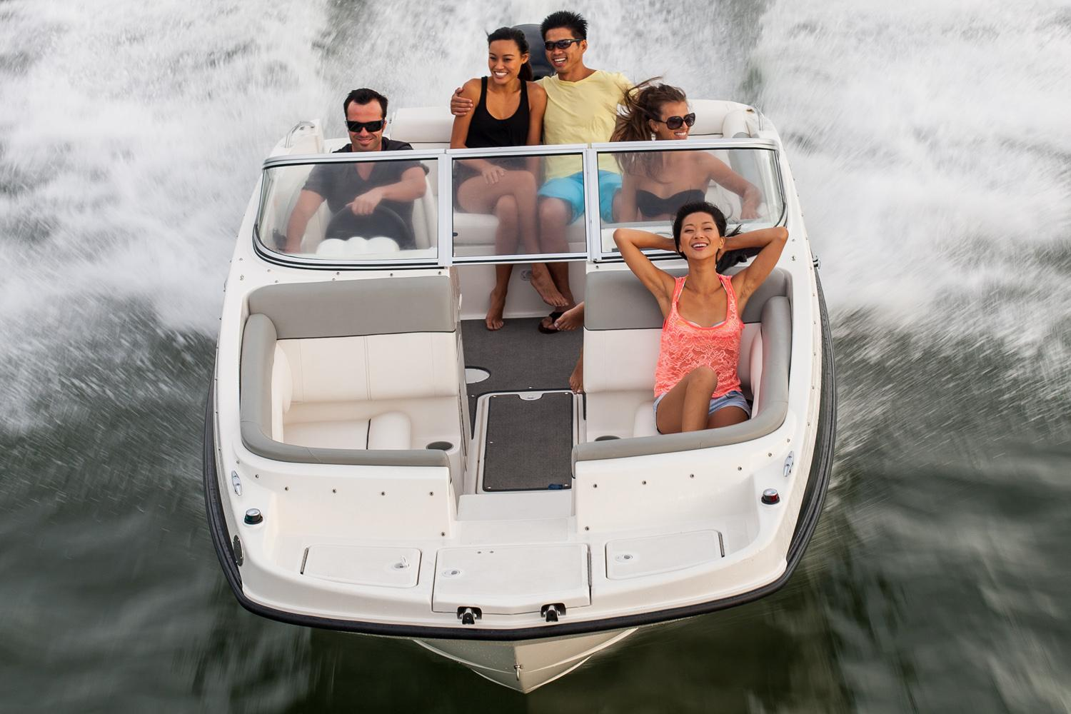 2018 Bayliner 190 Deck Boat in Amory, Mississippi