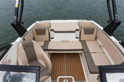 2019 Bayliner VR4 Bowrider I/O in Amory, Mississippi - Photo 12