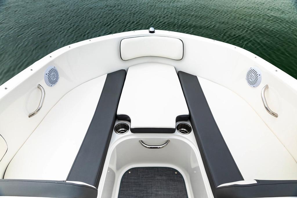 New 2019 Bayliner VR4 Bowrider OB Power Boats Outboard in Lagrange