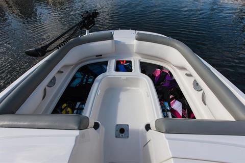 2019 Bayliner 210 Deck Boat in Amory, Mississippi - Photo 7