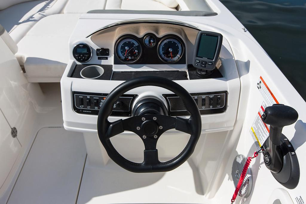 2019 Bayliner 210 Deck Boat in Amory, Mississippi - Photo 11