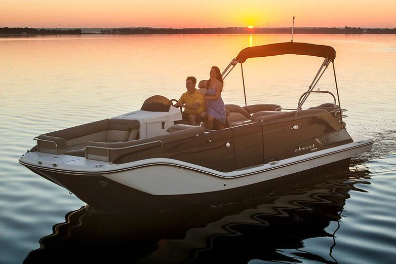 2019 Bayliner Element XR7 in Kaukauna, Wisconsin - Photo 1