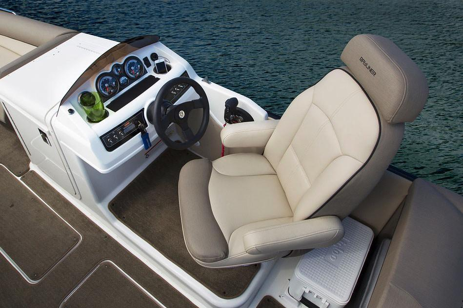 2019 Bayliner Element XR7 in Kaukauna, Wisconsin - Photo 8