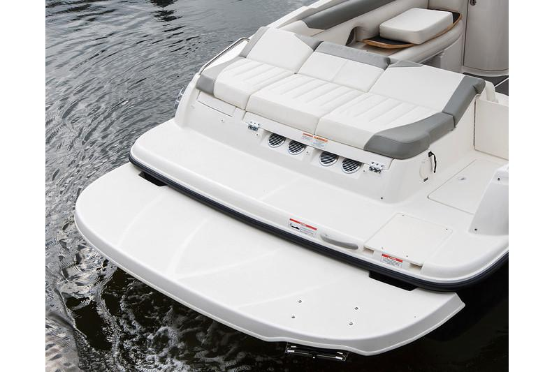 2020 Bayliner 215 Deck Boat in Lagrange, Georgia - Photo 13