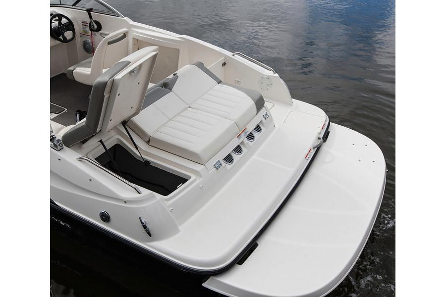 2020 Bayliner 215 Deck Boat in Lagrange, Georgia - Photo 14
