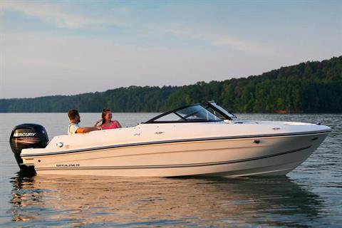 2020 Bayliner VR4 Bowrider OB in Kaukauna, Wisconsin - Photo 2