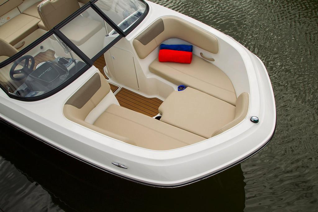 2020 Bayliner VR6 Bowrider OB in Lagrange, Georgia - Photo 6