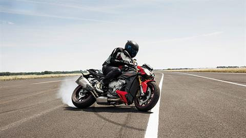 2017 BMW S 1000 R in Cleveland, Ohio
