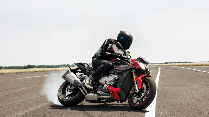 2018 BMW S 1000 R in Saint Charles, Illinois