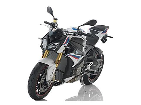 2018 BMW S 1000 R in Louisville, Tennessee