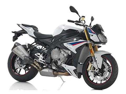 2018 BMW S 1000 R in Boerne, Texas