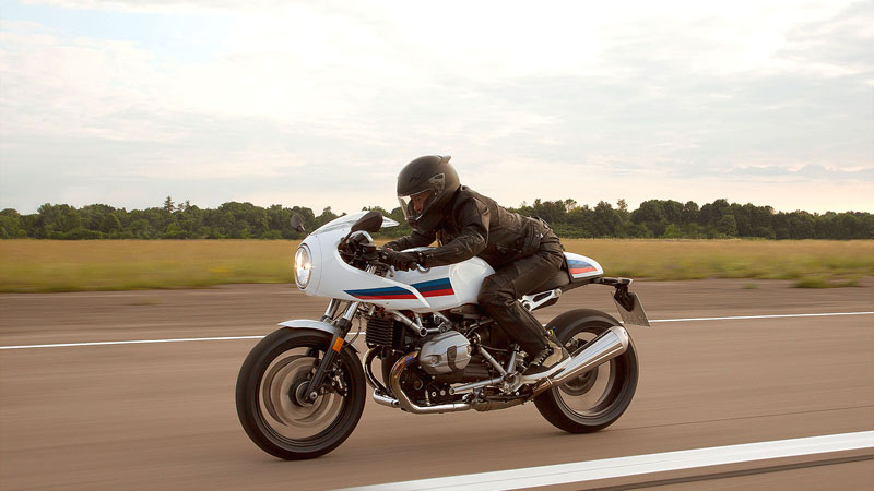 2018 BMW R nineT Racer in Boerne, Texas - Photo 17