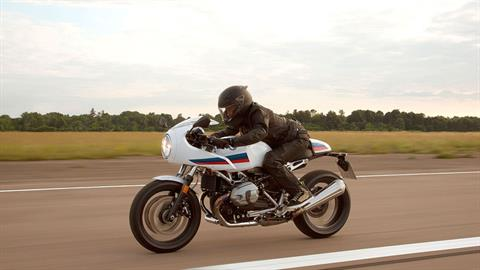 2018 BMW R nineT Racer in New Philadelphia, Ohio - Photo 17