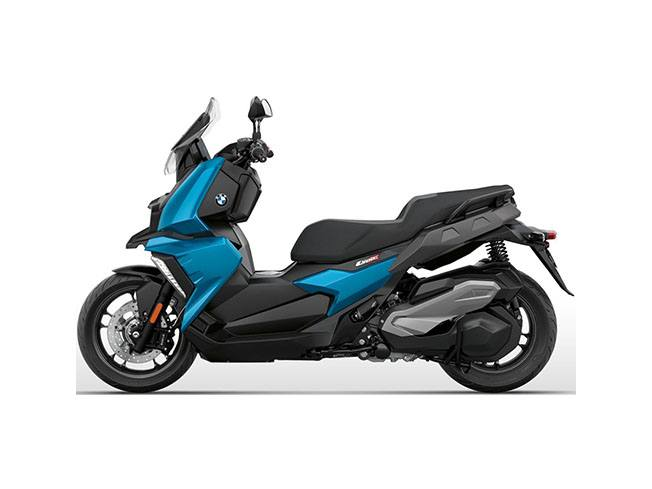 2018 BMW C 400 X in Sioux City, Iowa