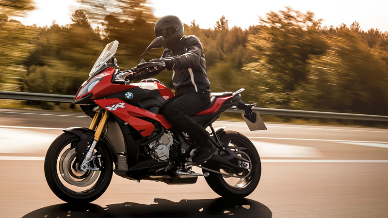 2019 BMW S 1000 XR in Iowa City, Iowa