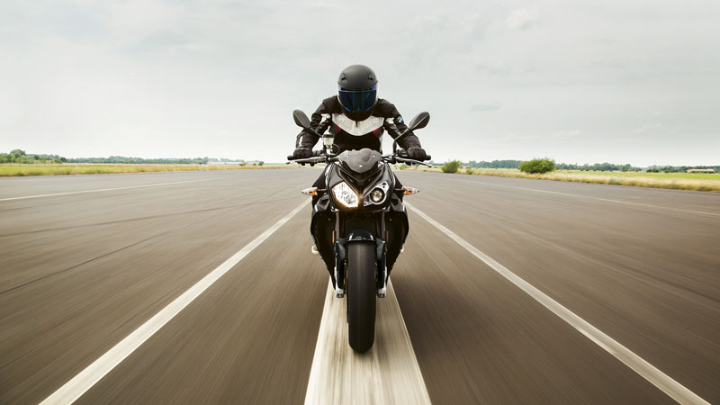 2019 BMW S 1000 R in Sioux City, Iowa - Photo 5