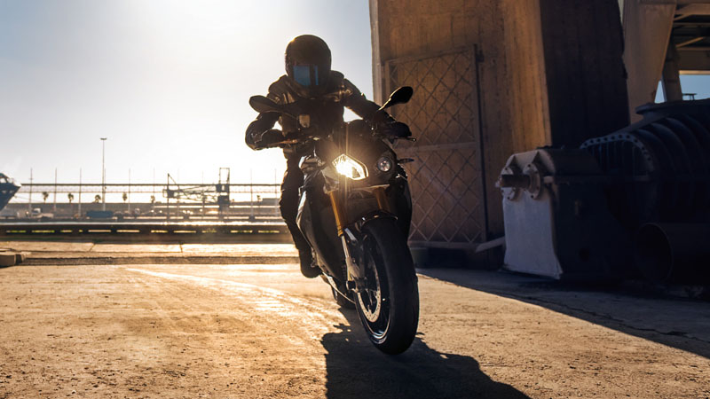 2019 BMW S 1000 R in Orange, California - Photo 2