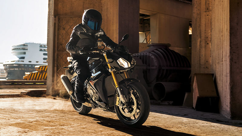 2019 BMW S 1000 R in Tucson, Arizona