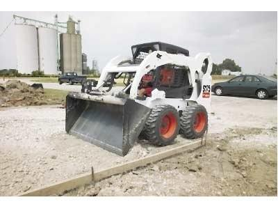 2016 Bobcat 74 in. Const. / Ind. Bucket in Fond Du Lac, Wisconsin
