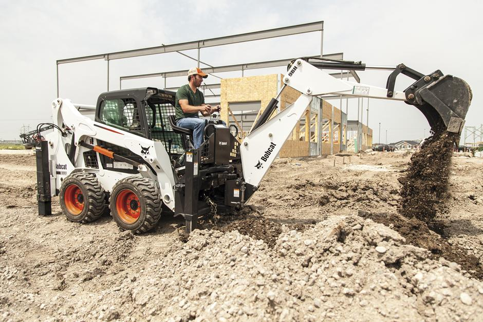 2017 Bobcat 8811 Backhoe in Fond Du Lac, Wisconsin - Photo 1