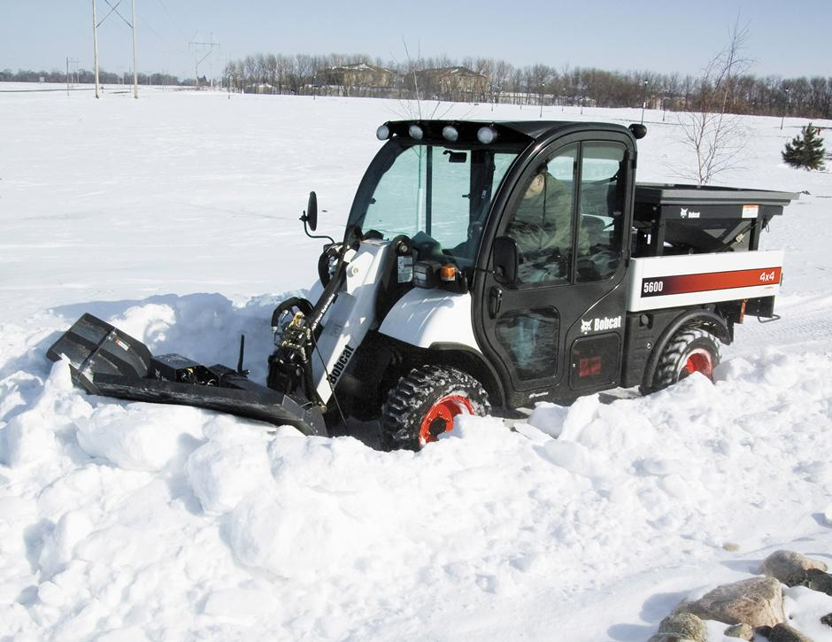 2017 Bobcat 96 in. Snow V-Blade in Fond Du Lac, Wisconsin - Photo 3