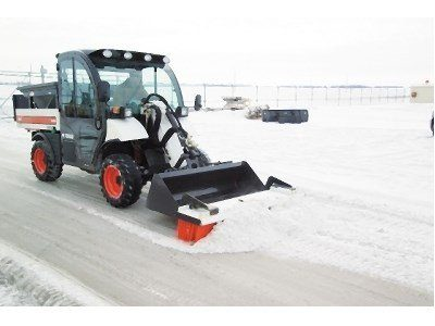 2017 Bobcat 72 in. Push Broom in Fond Du Lac, Wisconsin