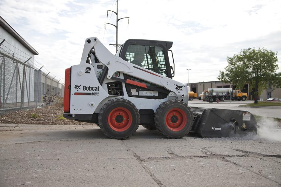 2017 Bobcat 44 in. Sweeper in Fond Du Lac, Wisconsin - Photo 1