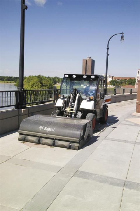 2017 Bobcat 44 in. Sweeper in Fond Du Lac, Wisconsin - Photo 2