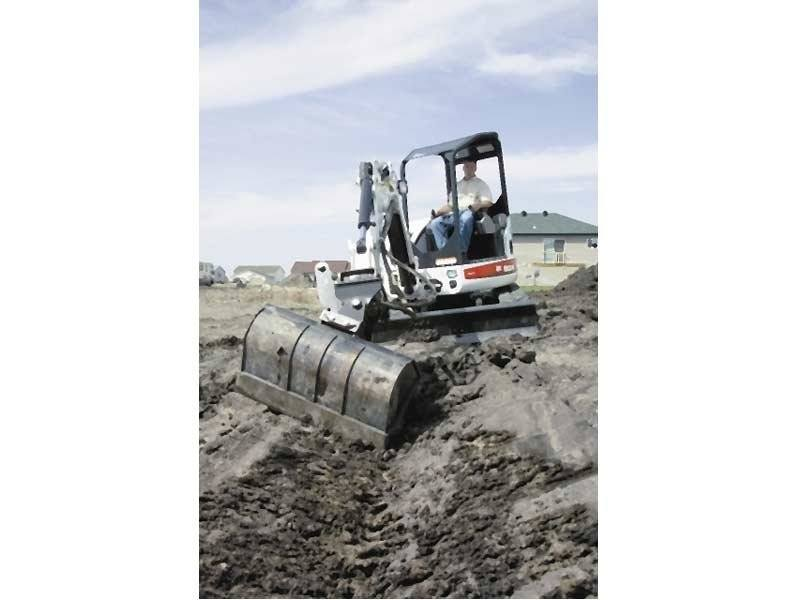 2017 Bobcat 44 in. Dirt Bucket in Fond Du Lac, Wisconsin