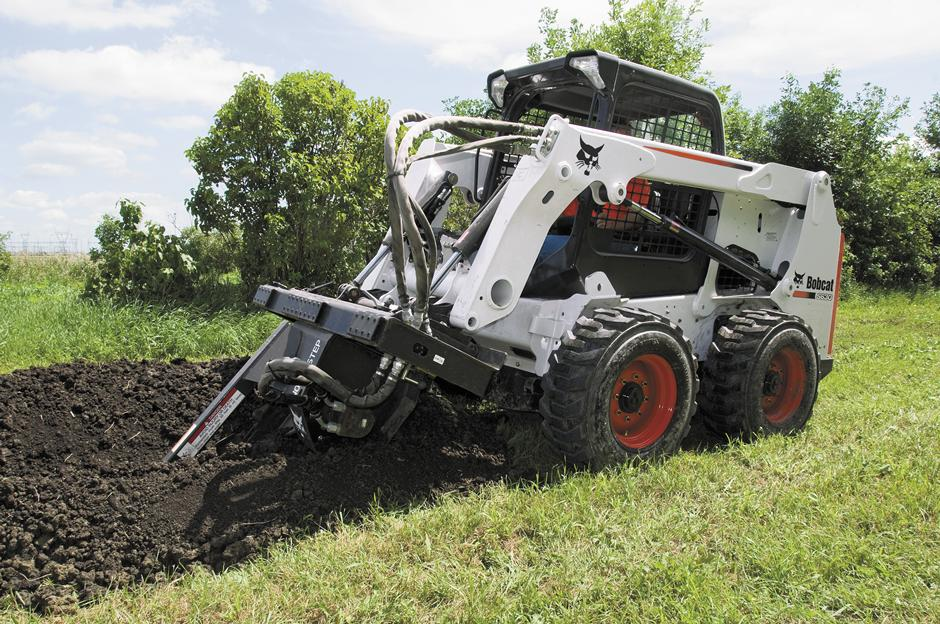 2017 Bobcat LT414 Trencher in Fond Du Lac, Wisconsin - Photo 2