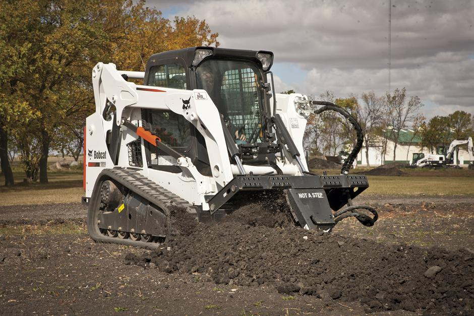 2017 Bobcat LT414 Trencher in Fond Du Lac, Wisconsin - Photo 9