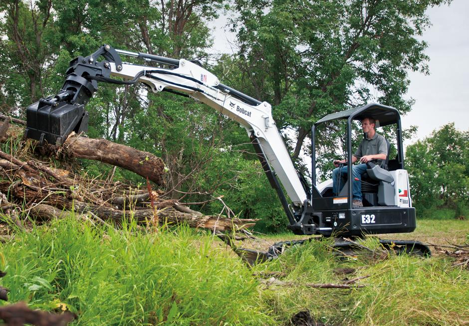 2017 Bobcat E32 T4 Extendable Arm in Fond Du Lac, Wisconsin