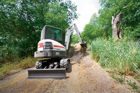 2017 Bobcat E32 T4 Long Arm Option in Fond Du Lac, Wisconsin - Photo 2