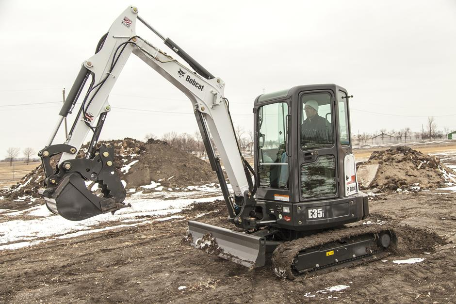 2017 Bobcat E35i T4 Extendable Arm in Fond Du Lac, Wisconsin - Photo 3
