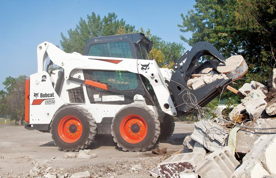 2017 Bobcat S570 in Fond Du Lac, Wisconsin
