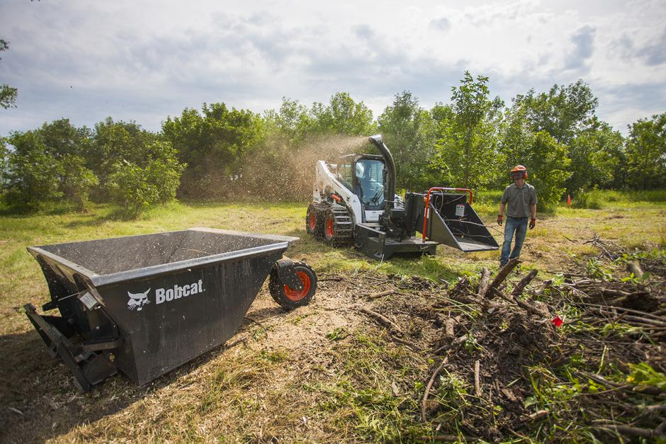 2017 Bobcat S740 in Fond Du Lac, Wisconsin - Photo 3