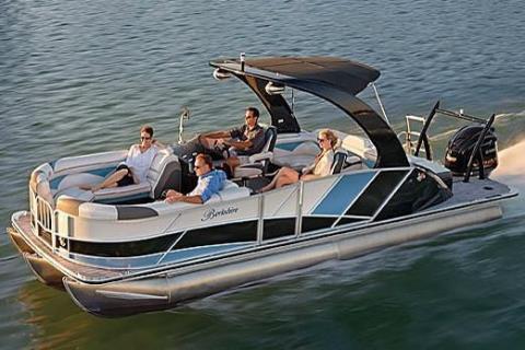 2016 Berkshire 250 Super-Sport Premium in Memphis, Tennessee