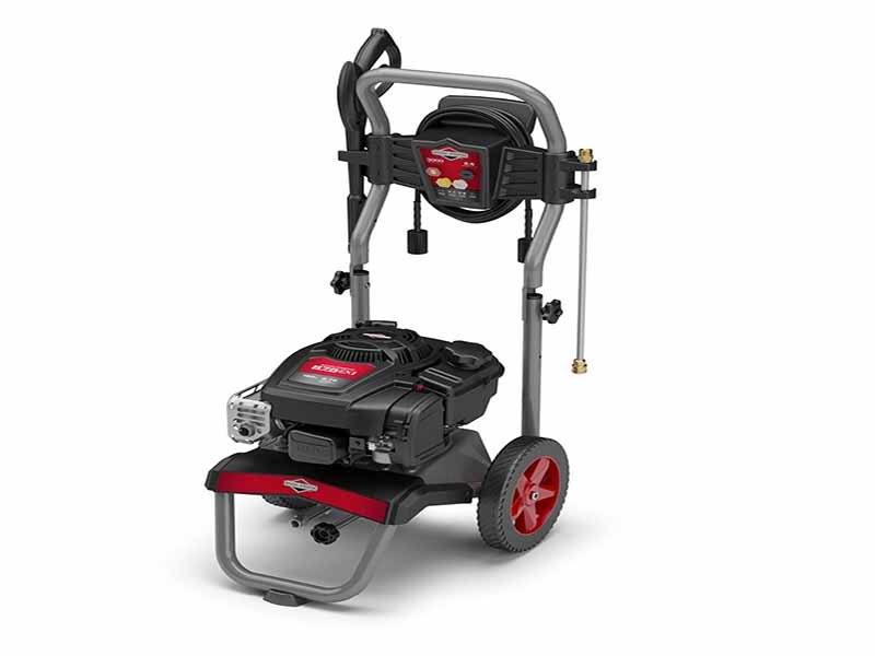 2018 Briggs & Stratton 020688 in Saint Johnsbury, Vermont