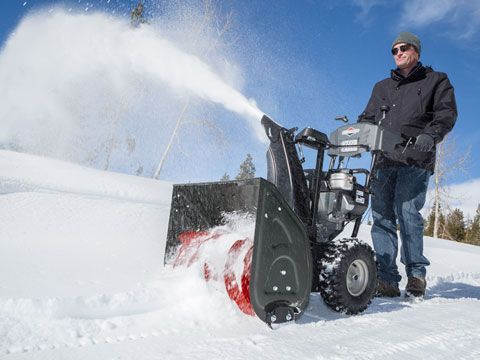 Briggs & Stratton Light Duty Two-Stage Snowblower 1696619 in Okeechobee, Florida - Photo 8