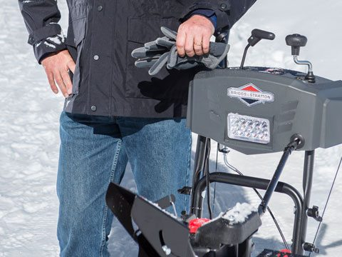 Briggs & Stratton Light Duty Two-Stage Snowblower 1696619 in Okeechobee, Florida - Photo 9