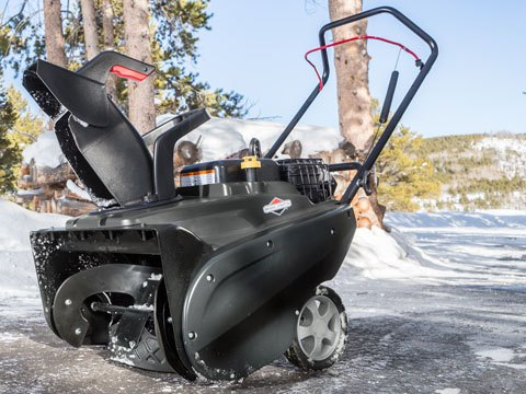 Briggs & Stratton Single-Stage Snowblower 1696715 in Okeechobee, Florida - Photo 8
