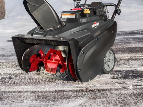 Briggs & Stratton Single-Stage with SnowShredder 22 in. 1696847 in Okeechobee, Florida - Photo 7