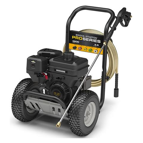 2020 Briggs & Stratton 3600 MAX PSI / 2.5 MAX GPM Pressure Washer 020647 in Prairie Du Chien, Wisconsin - Photo 2