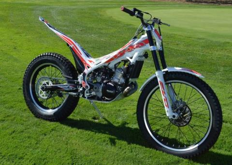 2016 Beta EVO 300 2-Stroke SS in Cedar Falls, Iowa - Photo 13