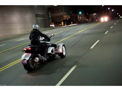 2009 Can-Am™ Spyder GS Roadster with SE5 Transmission (semi aut 6