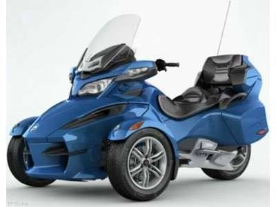 2010 Can-Am Spyder® RT Audio & Convenience SM5 in Wilkes Barre, Pennsylvania