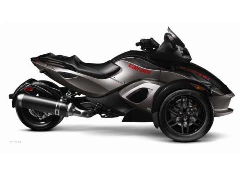 2012 Can-Am Spyder® RS-S SM5 in Lancaster, New Hampshire