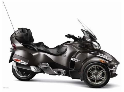 2012 Can-Am Spyder® RT-S SE5 in Bolivar, Missouri