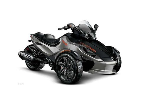 2013 Can-Am Spyder® RS-S SE5 in Waterloo, Iowa