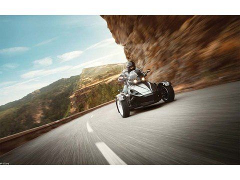 2013 Can-Am Spyder® RS SE5 in Santa Maria, California - Photo 2